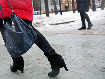 В Москве ожидается небольшой снег и гололедица