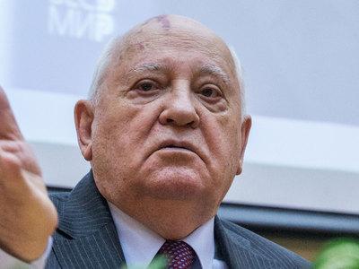Горбачев и Буш-старший попытаются нормализовать отношения между РФ и США