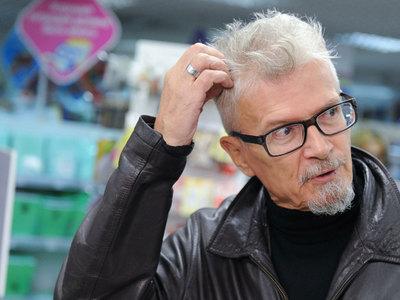 Лимонова отпустили, Удальцов остался в полиции