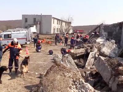 Спасатели МЧС провели учения на Камчатке