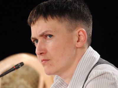 Савченко: сколько бы депутаты ни рвали на себе вышиванки, от Крыма придется отказаться