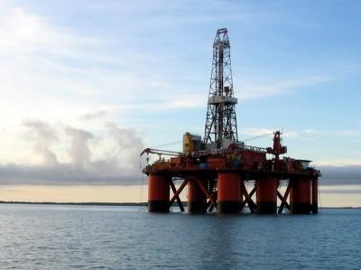 """""""Роснефть"""" и Statoil начали бурение в Охотском море"""
