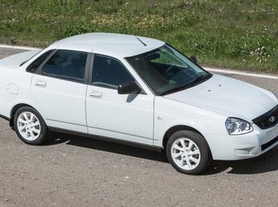 "Lada Priora получила ""черную"" и ""белую"" версии"