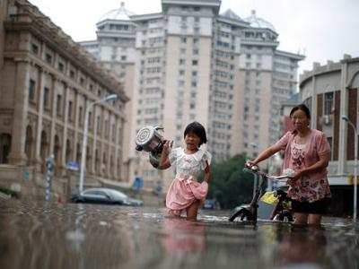 Наводнения в Китае: эвакуированы более четверти миллиона людей