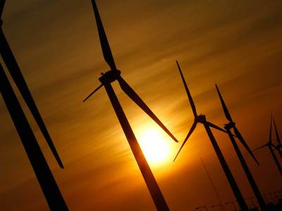 Греф и Чубайс поспорили о будущем альтернативной энергетики
