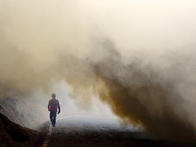 Бе-200 МЧС России продолжают тушение пожаров в Португалии