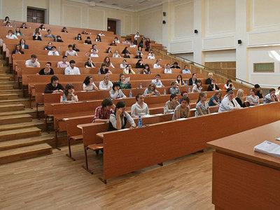 В ОП предложили изучать в вузах западные ляпы о России