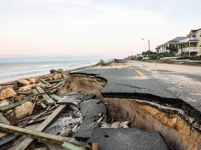 """Скорбный счет: ураган """"Мэттью"""" убил уже 1000 гаитян"""