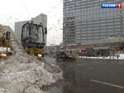 Из Питера в Москву идет снежный апокалипсис: коммунальщики мобилизованы