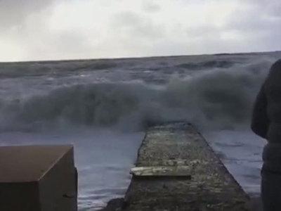 В Сочи устраняют последствия сильнейшего урагана