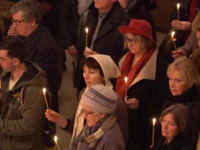 В Париже прошла панихида по погибшим в катастрофе над Черным морем