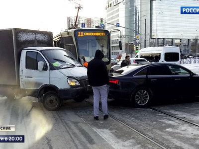 Зима проверяет московских водителей на прочность