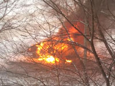 В Сети появилось видео взорванного в Луганске автомобиля