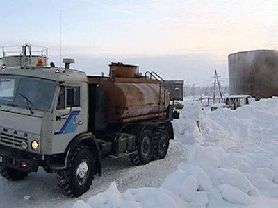 В якутский посёлок Андрюшкино пробилась колонна с топливом