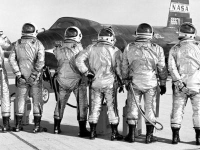 """НАСА назвало лучших разработчиков """"подгузников"""" для астронавтов"""