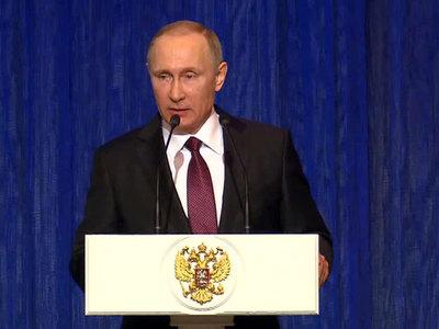 Владимир Путин поздравил военных с Днем защитника Отечества