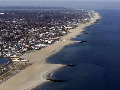 Жители Восточного побережья США готовятся встретить сильнейшую бурю