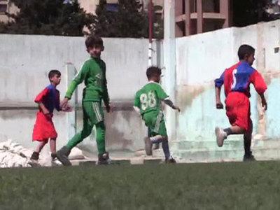 ЗОЖ в военно-полевых условиях: сирийцы возвращаются на стадионы