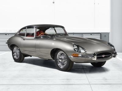 Jaguar возродит 10 классических купе E-Type