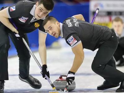Российские керлингисты проиграли на старте чемпионата Европы