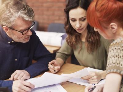 Минстрой не против помогать и дальше ипотечным заемщикам