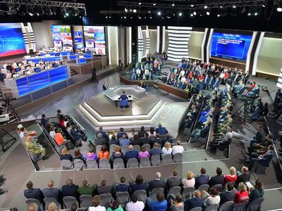 """Реакция онлайн: Путина смотрели даже там, где """"нет"""" российского ТВ"""