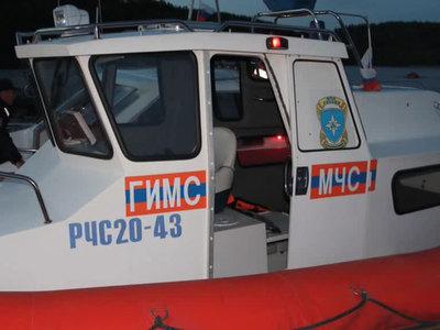 На Ладоге ищут пропавших детей с помощью подводного аппарата
