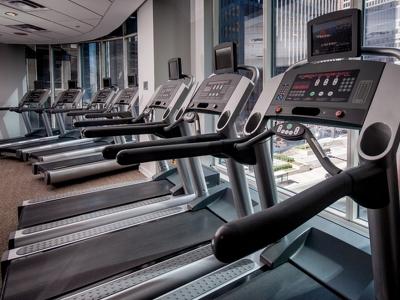 Управляющая компания опровергла рейдерский захват фитнес-клуба Мадонны