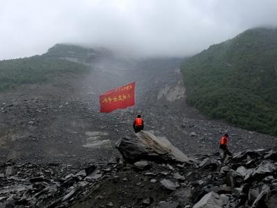 Страшный оползень в Китае: выживших найти надежды нет