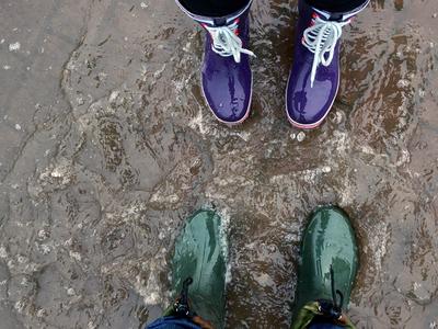 Дожди стеной: на Москву выльется по два-три ведра воды на метр