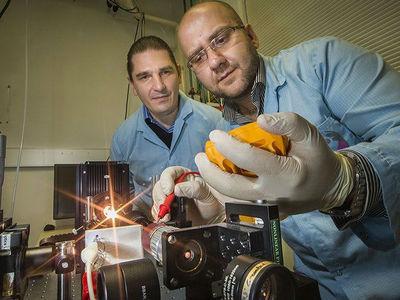 Новый наноматериал может облегчить скафандры и повысить уровень защиты от радиации