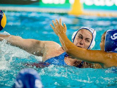 Ватерполистки России начали чемпионат мира с победы над Грецией