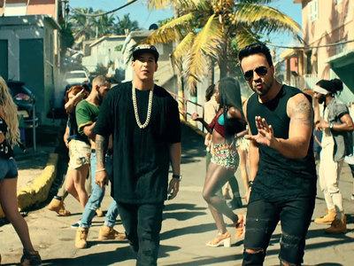 Всемирный хит Despacito запретили в Малайзии за непристойность