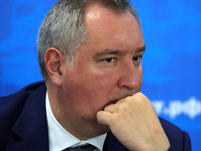 """""""Неубиваемая"""" связь, новые самолеты и роботы. Рогозин рассказал о новой программе вооружений"""