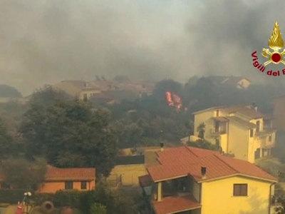 Пожары в Италии привели к гибели еще трех человек