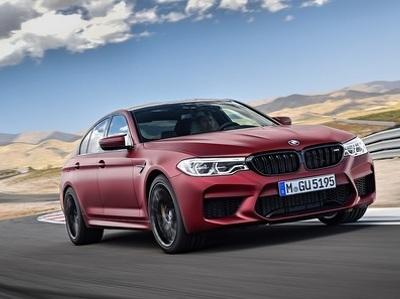 Новейший суперседан от BMW представлен официально