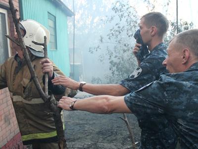 МЧС: пожар в Ростове-на-Дону полностью потушен