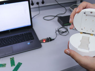 Новый прибор выявит онкологию по анализу крови за считанные минуты