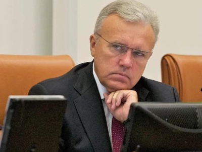 Красноярский губернатор призвал к деликатности при захоронении праха Хворостовского
