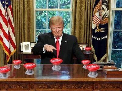 Безумие США и russiagate: кто нажмет ядерную кнопку?