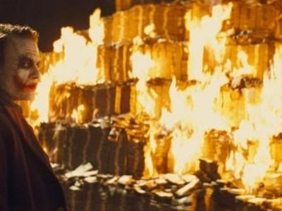 """Tesla """"сжигает"""" почти полмиллиона долларов в час"""