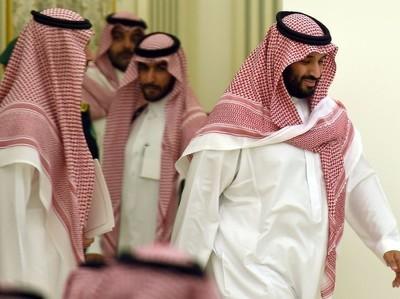 """Принц Салман назвал аятоллу Ирана """"новым Гитлером"""""""