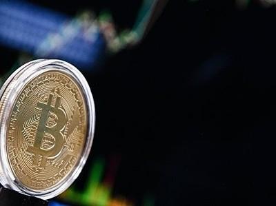 Регулятором криптовалют станет отрасль