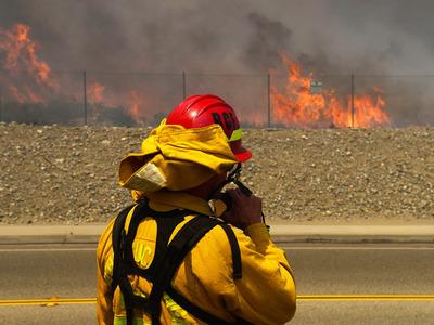 В штате Вашингтон из-за природных пожаров ввели чрезвычайное положение