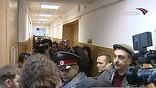 Полтора года лишения свободы и 134 часа исправительных работ. Сегодня во Владивостоке, в деле об убийстве, при превышении пределов необходимой самообороны известным российским боксером Романом Романчуком, была поставлена точка