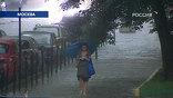 Утренний ливень за несколько часов превратил столичные магистрали в реки
