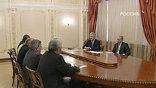 Глава правительства провел встречу с руководством Совета Федерации. Обсуждали в основном, на чем государству придется экономить