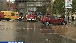 В самом центре Москвы в пятницу случился потоп. Причина - вовсе не ливень, а прорыв водопровода
