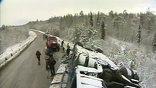 У села Бобровка автобус вынесло на встречную полосу и опрокинуло в кювет