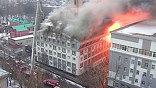 Главный московский пожарный погиб в субботу, спасая людей из огня в бизнес-центре на севере Москвы